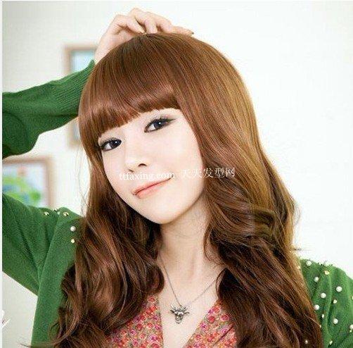 好看的卷发发型 2012韩国最流行的卷发发型图片好看的卷发发型