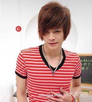 2012最新男生阳光发型 好看的男生发型设计