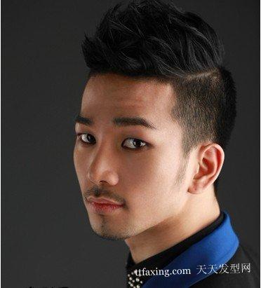 发型网首页 男生发型 今年最流行的发型男 2012 |