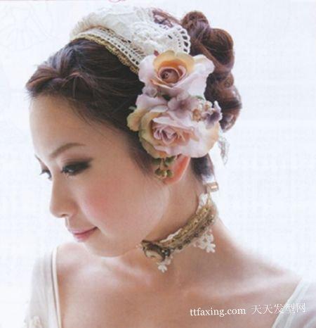 打造优雅的欧式新娘发型的花朵与长发