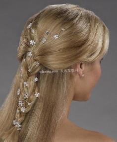 百分百满意的韩式新娘发型盘发图片