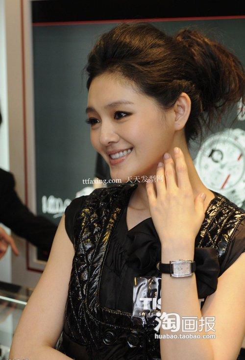 减龄瘦脸发型 2012女新发型~浓情蜜意
