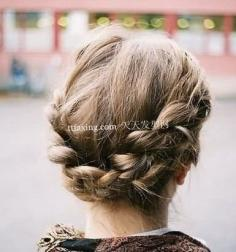 散发柔情魅力的编发发型 一年四季都适合