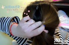 diy流行美发型 女生简单的韩式盘发