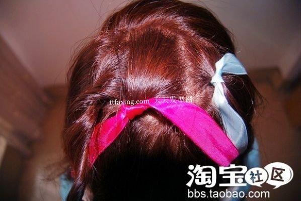 丝带韩式蓬松盘发 流行美发型