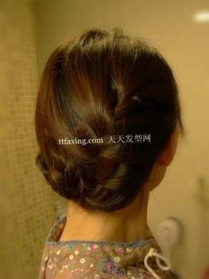 多图DIY发型教程 秀丽美女编发小技巧