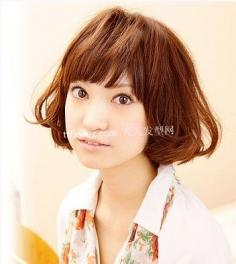 甜美派女生DIY梨花头 发型设计的至佳选择