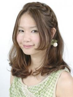圆脸剪刘海怎样才显瘦 清爽宜人刘海发型图片