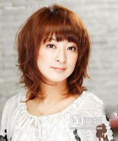 OL女人味大脸刘海 流行美发型
