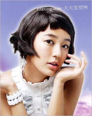韩国发型惊人的女大十八变 2012长发流行发型