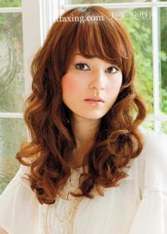 最受日本OL追捧 2012最流行女生短发