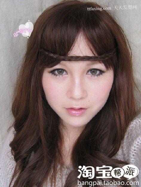 美女波西米亚发型照片~简洁的轮廊