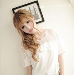 10款日系风格的美丽俏佳人中长发发型设计