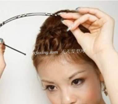 短发发型 短发刘海蜈蚣辫的编法图解