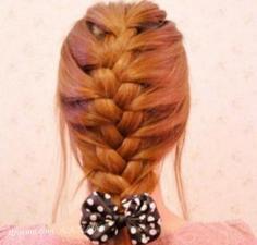 步骤分享:蝎子辫编发发型甜美百分百