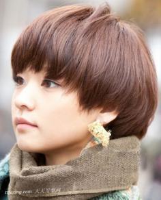 长脸MM最爱的减龄短发发型