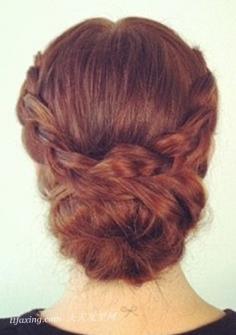 教你扎精致甜美的长发辫子花苞头