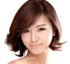 可爱女生短发发型,尽显甜美时尚气质