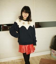 韩式短烫发发型,美MM演绎迷人发型