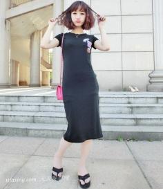 """""""修颜""""短发显时尚,夏季流行短卷发"""