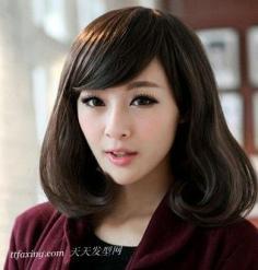 脸型与发型的搭配:梨花头减龄塑脸