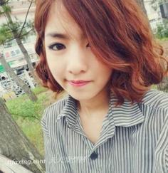 2013最流行的韩式短卷发 显瘦又时髦