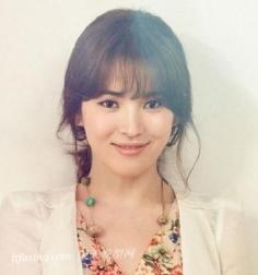 宋慧乔百变发型 引领韩国流行趋势