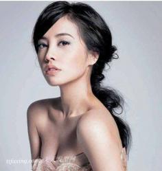 范冰冰吴佩慈星味发型 跟大牌明星女人味发型设计