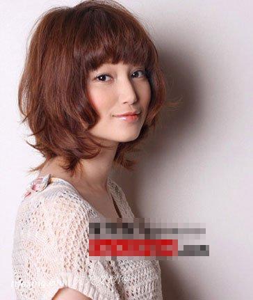 5款日系发型v发型长发诠释最活泼的自己_流行中图片一个卷的短发发型图片
