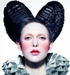 2013最新哥特式妆容 像妖魅般掠过你的脸庞