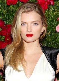 超模妆容各有精彩 演绎各自所属的红毯妆
