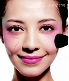四种腮红妆技巧 让你的脸型更完美