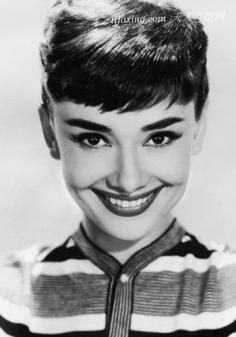 """眉毛眉形怎么画?学习好莱坞女星""""疯狂的眉毛"""""""