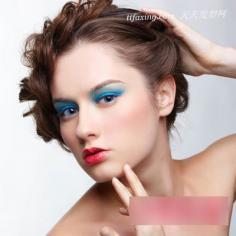 2013春夏流行妆容趋势推测 绚丽色彩阳光无限