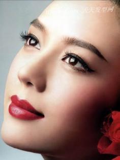 红唇情结 选对属于你的红色