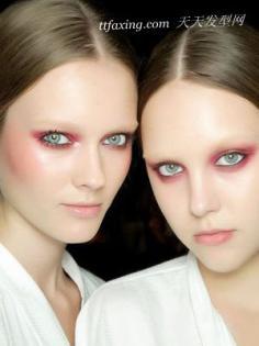 2013夏季最耀眼的砖红色妆容