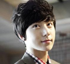 2014最新韩式男士发型 潮流从头开始