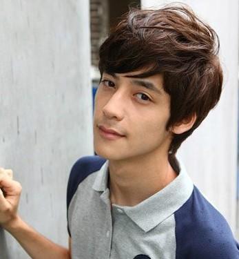 2014最新韩式烫发发型 时尚男生发型图片助你抢尽风头图片