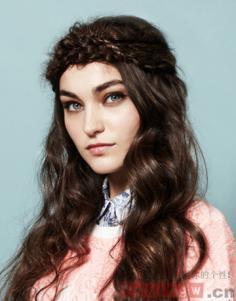 如何梳好看的发型 DIY小心思突显精致完美