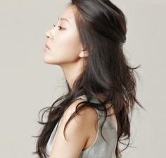 90后女生最爱的长发发型图片 精致长发尽显优雅动人气质