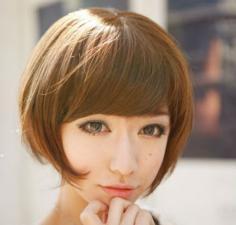 田字脸女生时尚发型示范 告诉你田字脸适合什么发型