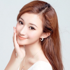 日式轻熟女发型屋 简约造型让人不得不爱