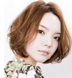 波波头短发发型图片欣赏 大圆脸也能呈现完美脸型