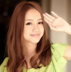 2014甜美中长发烫发发型图片 可爱日系女生发型充满魅力
