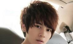 男生烫发发型设计及种类介绍 玩转帅气时尚潮范