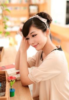2014年最新韩式花苞头发型 多种风格总有一款适合你