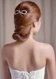 流行美盘发发型图片 美美过秋做优雅女人