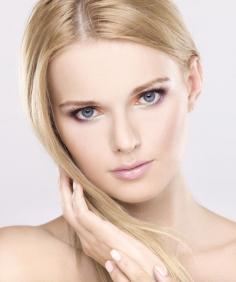 头皮屑多是什么原因 想细心爱护美发就应了解