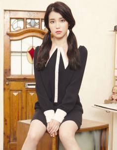 韩国国民妹妹IU李智恩发型 演绎时尚圆脸发型