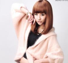 齐刘海直发梨花头发型 甜美酷感款款都有型